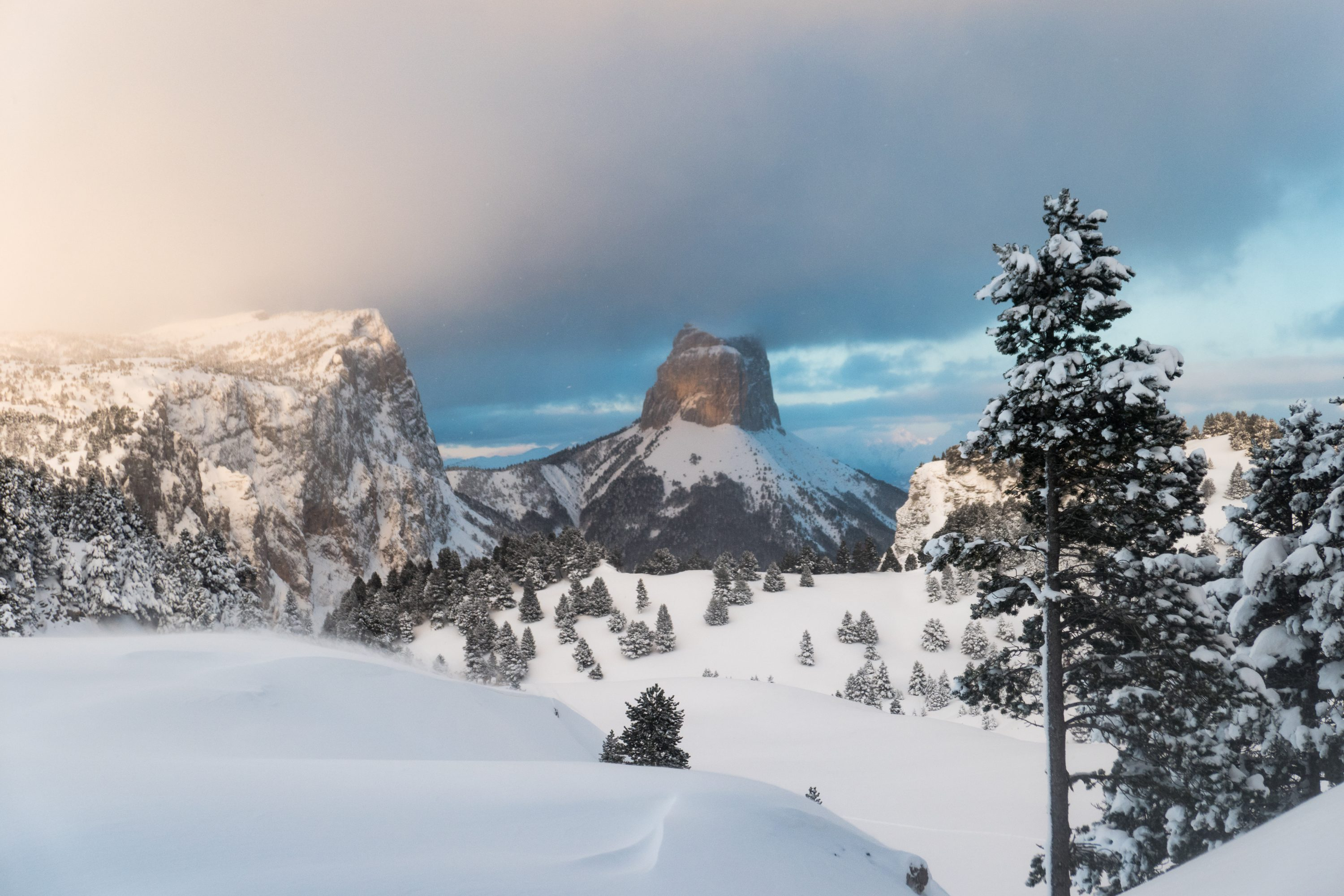 Winter trekking Vercors